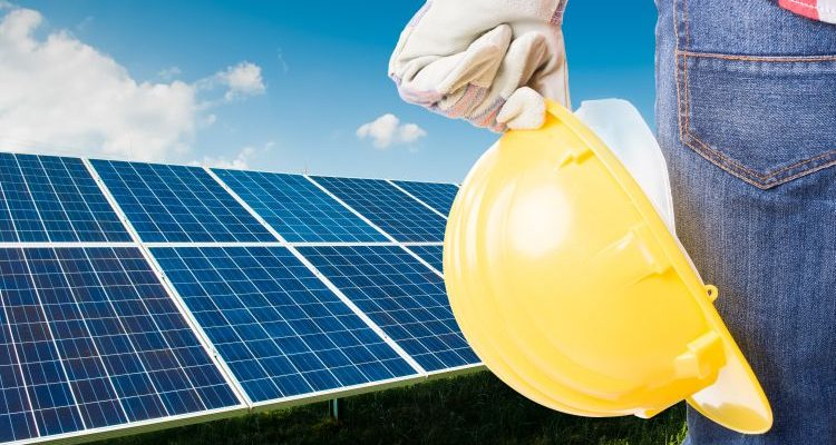 Solar Panel Maintenance: A Beginner's Guide In 5 Simple Steps