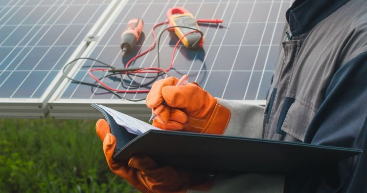Technical Maintenance For Solar Power Plants At A Glance